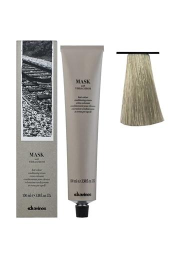 Davines Davines Mask Vibrachrom Saç Boyası 9,1 Çok Açık Kumral Küllü 100 Ml Renksiz